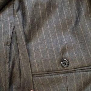 Hickey Freeman Suits & Blazers - Men's Hickey Freeman suit